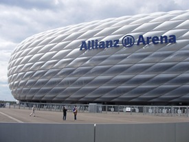 EFTE_Image 06_800px-Allianz_Arena_2005-06-10