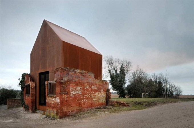 Dovecote-Studio-1_By Haworth Tomkins