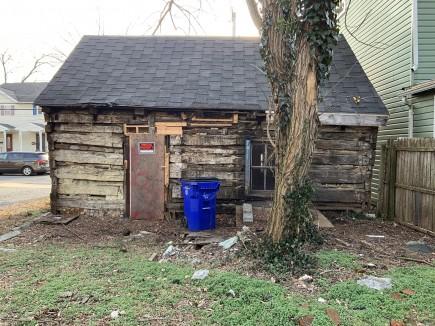 Before-Jonathan Street Cabin