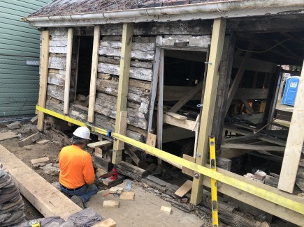 Construction-Jonathan Street Cabin